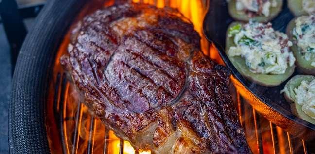 tomahawk steak KJ3