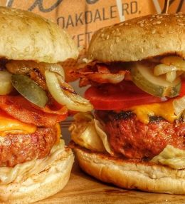 Waanzinnig Broodje Hamburger van de BBQ