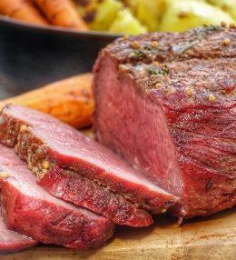 Kruidige Top Sirloin Steak van de BBQ