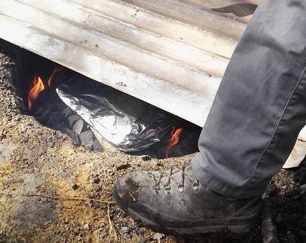 Koken in een ondergrondse oven