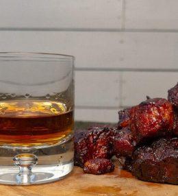 Whisky Pork Belly Burnt Ends van de BBQ