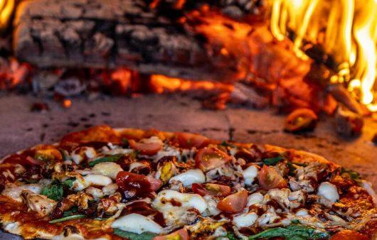 bbq kip pizza