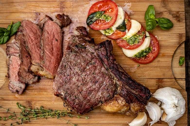 steak met tomaten